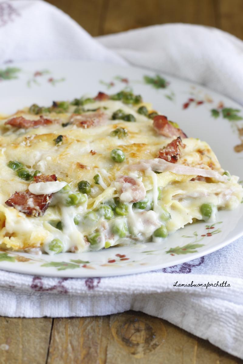 lasagne prosciutto piselli e besciamella