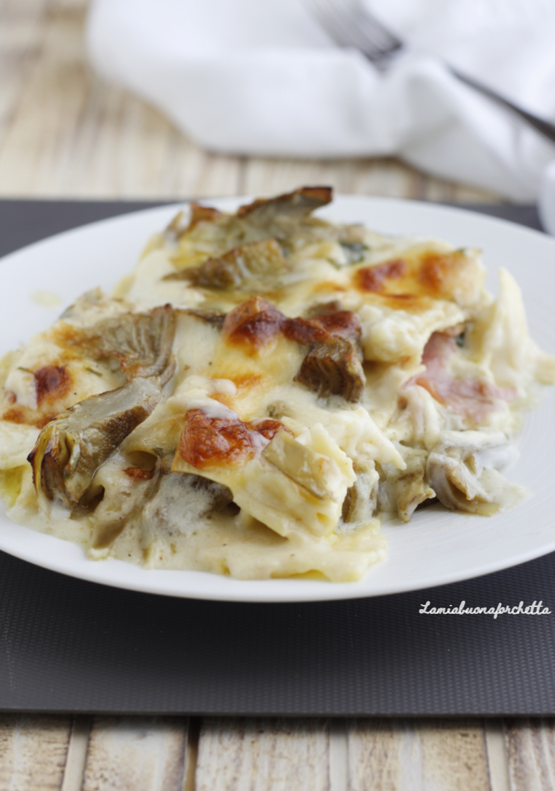 lasagne carciofi prosciutto e besciamella